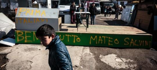 roma rom raggi salvini lega campi nomadi
