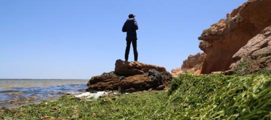 Migranti: silurato il ministro dell'Interno tunisino dopo il naufragio