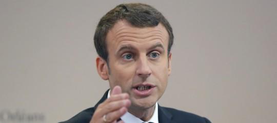 """Francia, governo bocciareddito cittadinanza: """"Non risolve il problema della povertà"""