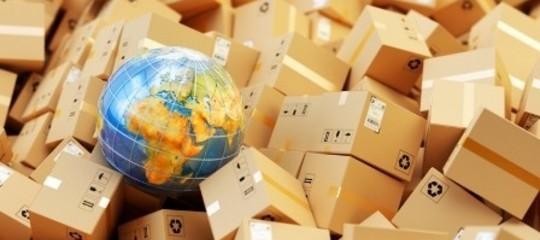 La contraffazione ci impoverisce tutti. Ma abbiamo le armi per combatterla