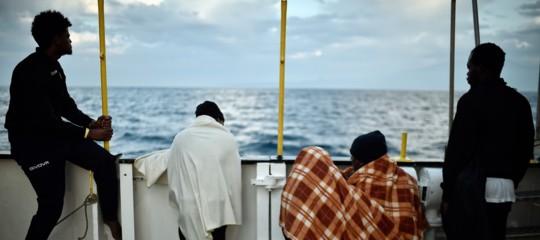 """Migranti, Spagna: """"Italia rischia responsabilità penali internazionali"""""""