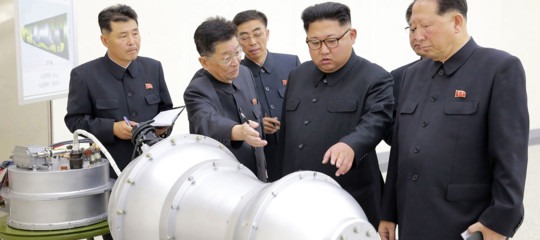 Come si smantella una bomba atomica