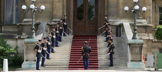 """Francia all'Italia: """"Dialogo e cooperazione con Roma"""""""
