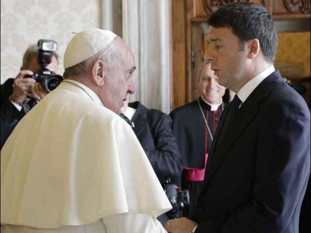 Vaticano: Renzi dal Papa con la famiglia per lo scambio di auguri - Foto