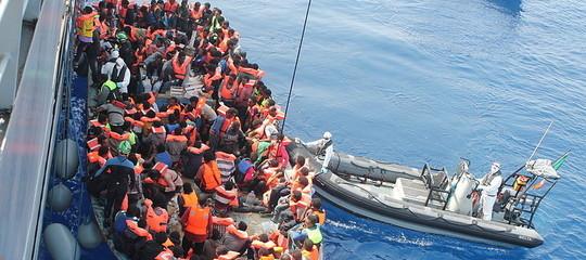 L'emergenza dei migranti in mare va risolta sulla terra ferma. Qualche proposta