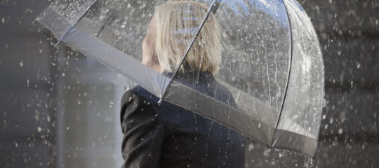 Maltempo: nubifragio nel Foggiano, in crisi strade e ferrovie