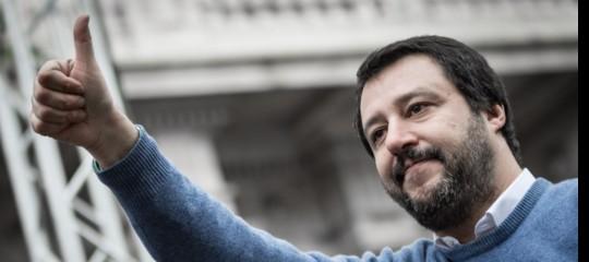 Perché Salvini continuerà con la linea dura su migranti e Ong, nonostante Conte eMacron