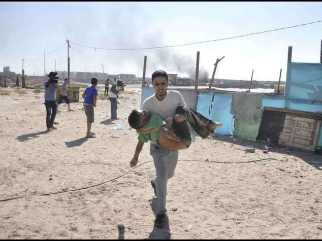Israeli bombs kill four children at Gaza beach