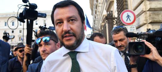 Perché Salvini vuole bloccare i barconi carichi di riso asiatico