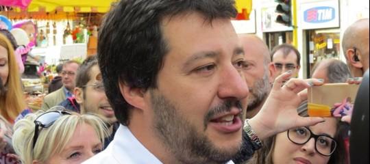 """Salvini annuncia un """"censimento"""" dei rom"""