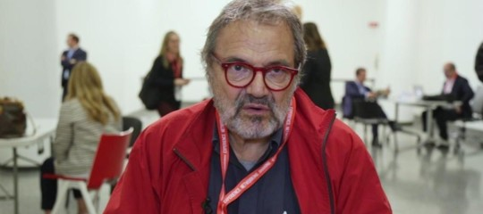 """Toscani sulla (sua) ultima pubblicità con i migranti: """"Testimone del mio tempo"""""""