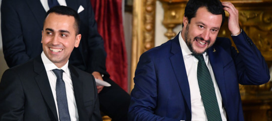 I sondaggi dicono che la Lega èil primo partito d'Italia. ComereagiràilM5S?
