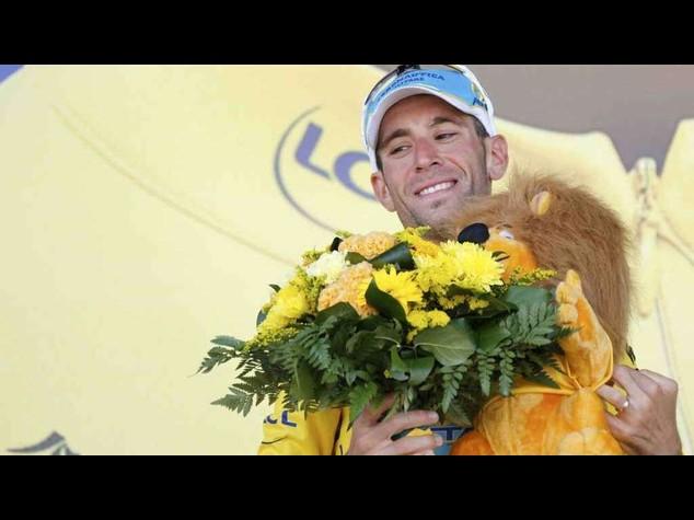 Ciclismo: Nibali 'padrone' del Tour de France, trionfa nel primo tappone alpino