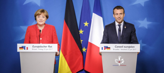 """Migranti: Merkel a Macron, """"le istanze dell'Italia vanno tenute in considerazione"""""""