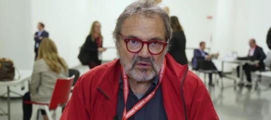 Toscani mobilita il centrosinistra su Twitter