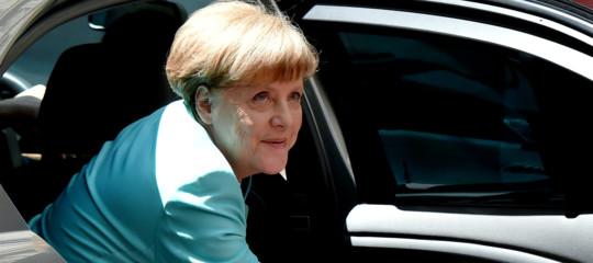 Merkel: l'integrazione tedesca è riuscita anche grazie agli sfollati interni