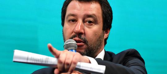 """Migranti: Salvini, """"La Spagna può accogliere i prossimi 4 barconi"""""""