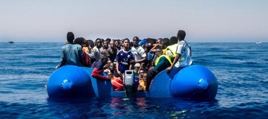 Migranti: bozza Ue, trasferimenti accelerati e controlli ai confini