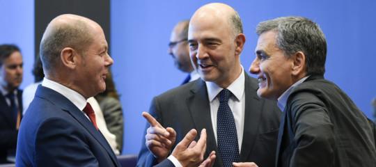 Accordo all'Eurogruppo, dopo 8 anni finisce la crisi della Grecia