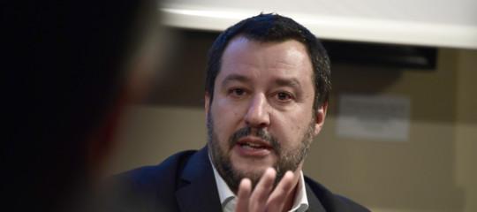 """Migranti: Salvini chiede a Malta di aprire porti a nave Lifeline, """"poi va sequestrata"""""""