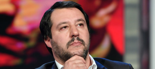 Migranti: Salvini, le Ong si scordino dell'Italia. Stop a scafisti e mafiosi