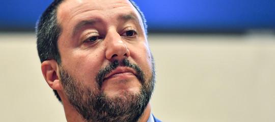 "Migranti: Salvini, ""Macronè arrogante, apra i suoi porti"""