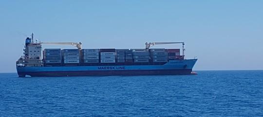 Migranti: c'è un cargo al largo diPozzallocon 113 persone a bordo
