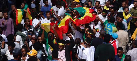 Etiopia: attentato al comizio del premier,1 morto 132 feriti