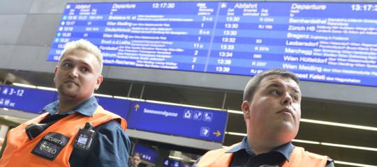 Austria: deraglia un treno, almeno quattro feriti gravi