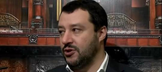 """Migranti, Salvini: """"Squallore incredibile la vignetta di Repubblica"""". E minaccia una querela"""