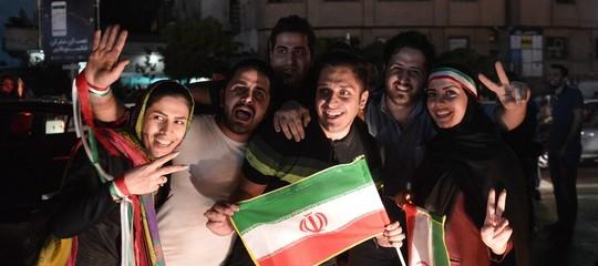 Nonostante l'eliminazione ai mondiali, gli iraniani festeggiano