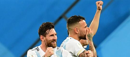 Mondiali: l'Argentina batte la Nigeria 2-1, Messi e compagni agli ottavi
