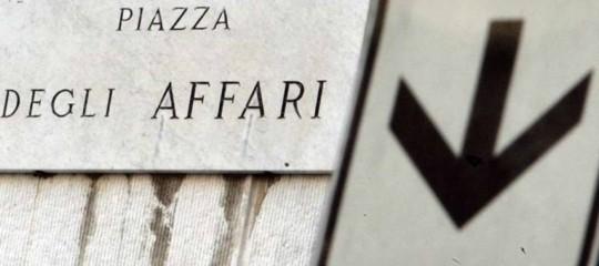 Borsa: chiude in calo con Europa, -0,58% , giùFca e Ferrari su dazi