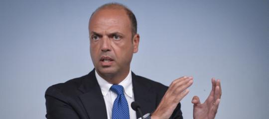 L'ex ministro Alfano torna a fare l'avvocato per lo studioBonelliErede