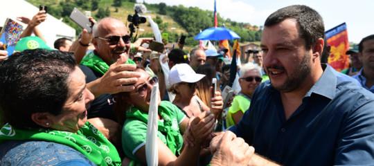 """Da Pontida Salvini risponde per le rime a Fico: """"I porti sono e resteranno chiusi"""""""