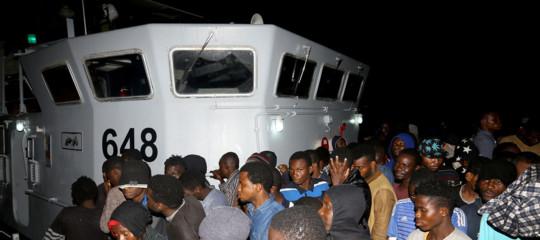 Migranti: guardia costiera libica ne intercetta e soccorre 115. Andranno nei centri a Tripoli