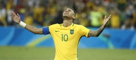 Mondiali: Neymar porta ilBrasile ai quarti, 2-0 al Messico