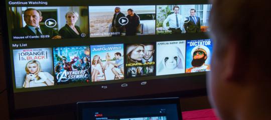 Di Maio vuole la nascita di un mercato che esiste già. Come funziona la tv instreamingmade in Italy(e non)