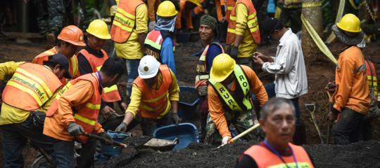 Thailandia: soccorritore finisce ossigeno e muore nella grotta