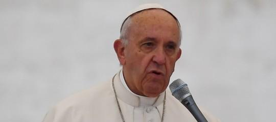 Migranti, per il Papa l'unica risposta sensata è la solidarietà