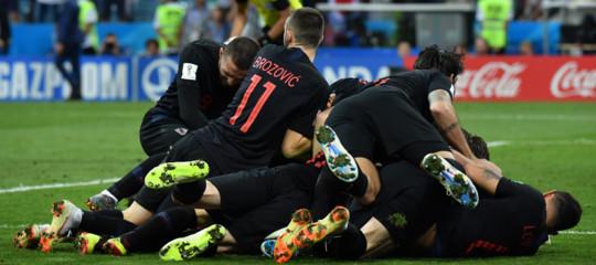 Mondiali: dopo i rigori Croazia in semifinale e Russia 'a casa'