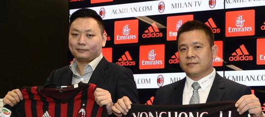 Già finita l'era cinese del Milan? Il fondoElliottprende il controllo