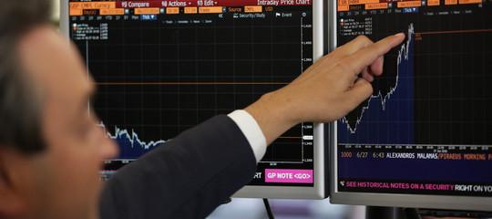 Borse in rialzo, spread poco sotto quota 240