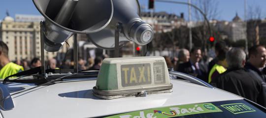 Perché il futuro dei taxi in Italia potrebbe cambiare per sempre