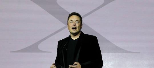 ElonMuskfarà in Cina una fabbrica per costruire mezzo milioni di Tesla l'anno