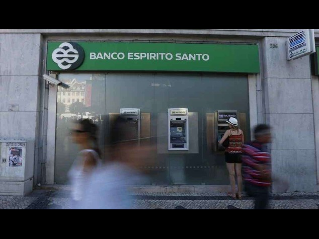 Portuguese bank tries to reassure markets