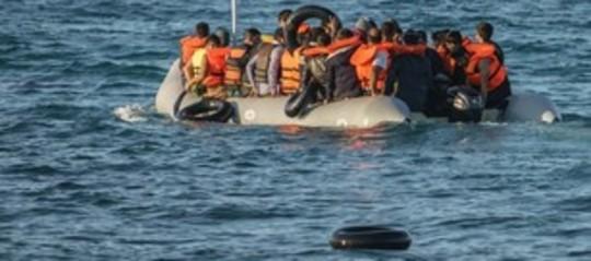 Migranti: naufragio al largo della Libia, almeno 6 morti