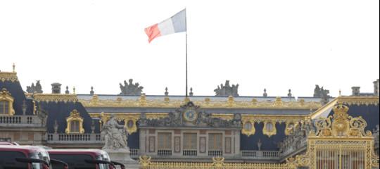 Francia: l'Assemblea toglie la parola 'razza' dalla Costituzione