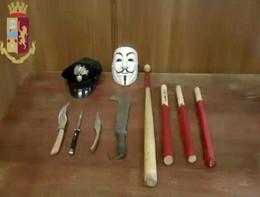 Blitz della polizia al centro sociale torinese Askatasuna, 9 arresti