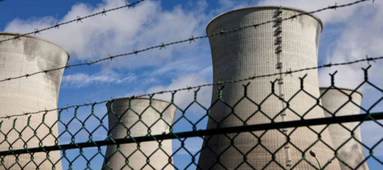 C'è un problema, in Francia non sanno più dove mettere i rifiuti radioattivi